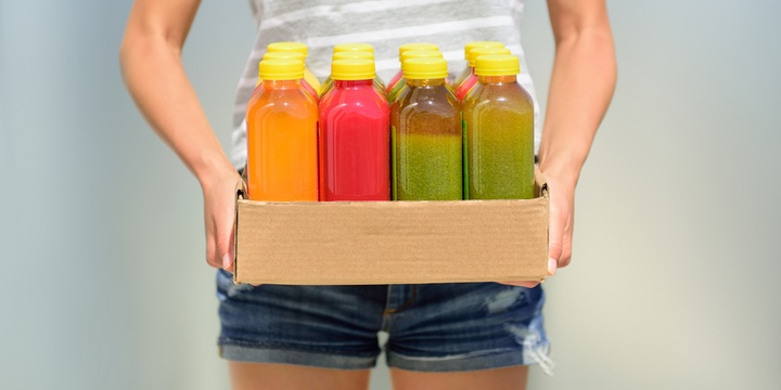 5 7 Unhealthy Foods That Are Wrongly Called Healthy Store selling smoothies